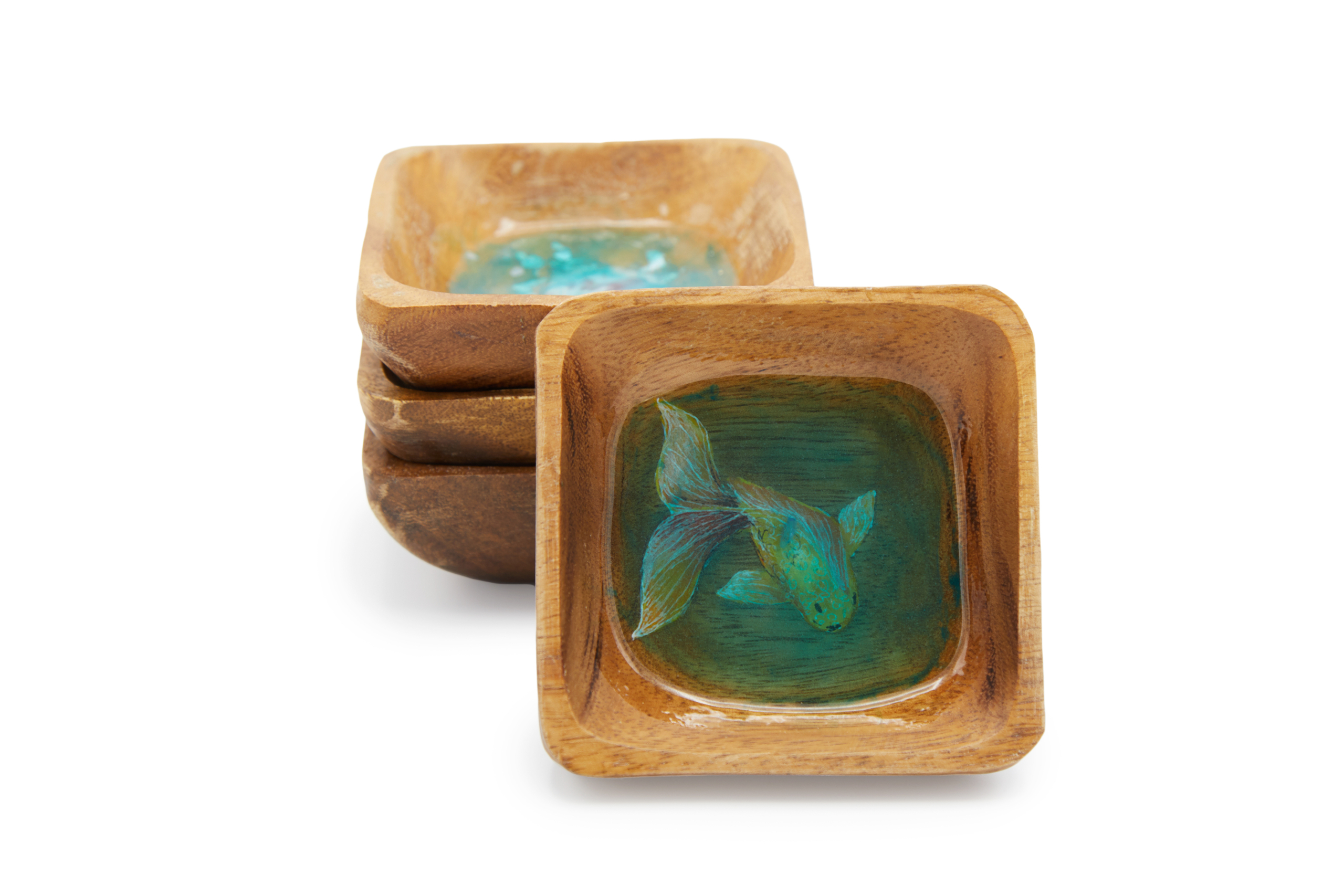 wooden bowls with gemstone middle for amazon product photography
